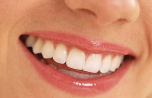 Denti-bianchi-586x379